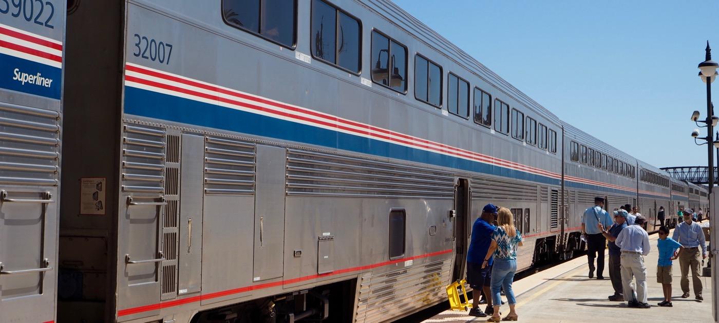 Amtrak コースト・スターライト号乗車記 Day1-1 Los Angeles〜San Luis Obispo